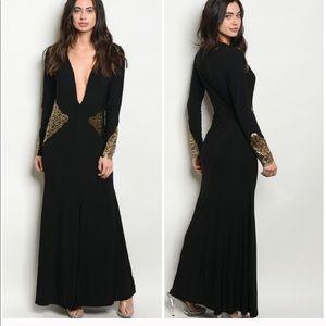 Plunging Necking Gold & Black Maxi Dress Medium